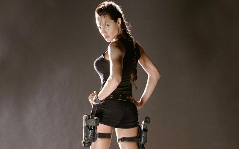 Angelina Jolie è Lara Croft