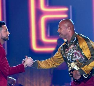 The Rock e Zachary Levi agli MTV Awards