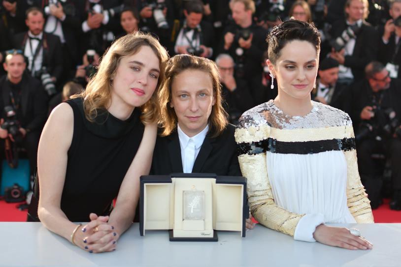 Céline Sciamma e le due protagoniste del film