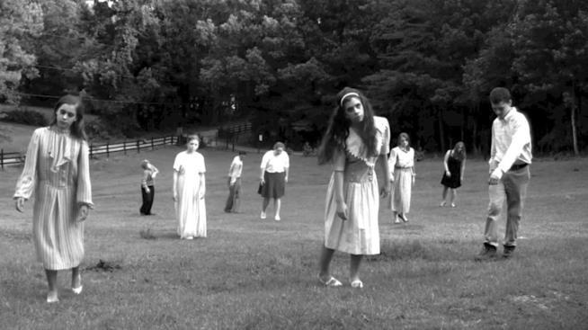 La Notte dei Morti viventi scena