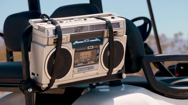 La misteriosa radio che appare nel trailer della Stagione 5 di Fortnite