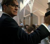Colin Firth in una scena del primo Kingsman