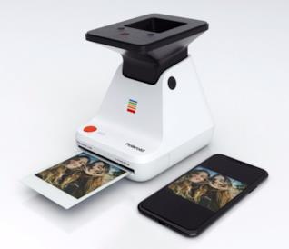 Polaroid Lab, torna la magia delle foto fisiche