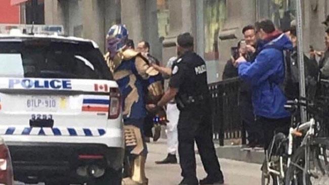 La polizia di Toronto arresta un cosplayer di Thanos