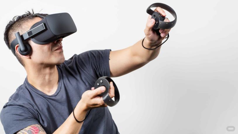 Oculus Rift in azione in un'immagine simbolo