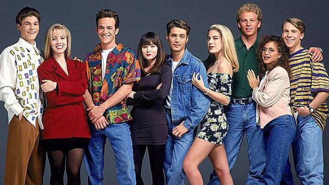 I ragazzi protagonisti della serie anni '90 Beverly Hills 90210