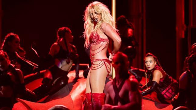 L'esibizione di Britney Spears ai Billboard Music Awards 2016