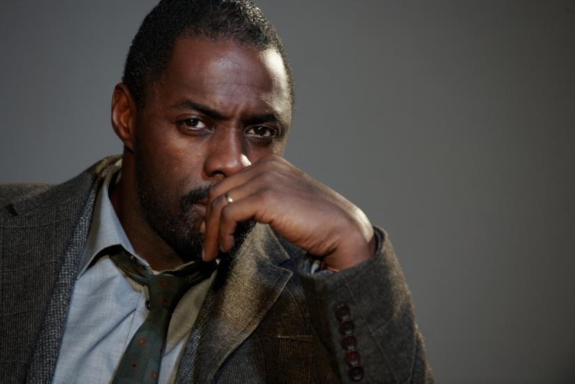Un affascinante Idris Elba nei panni di John Luther