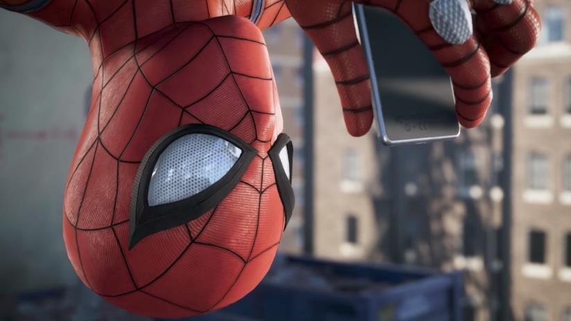 Spider-Man a testa in giù nel videogioco