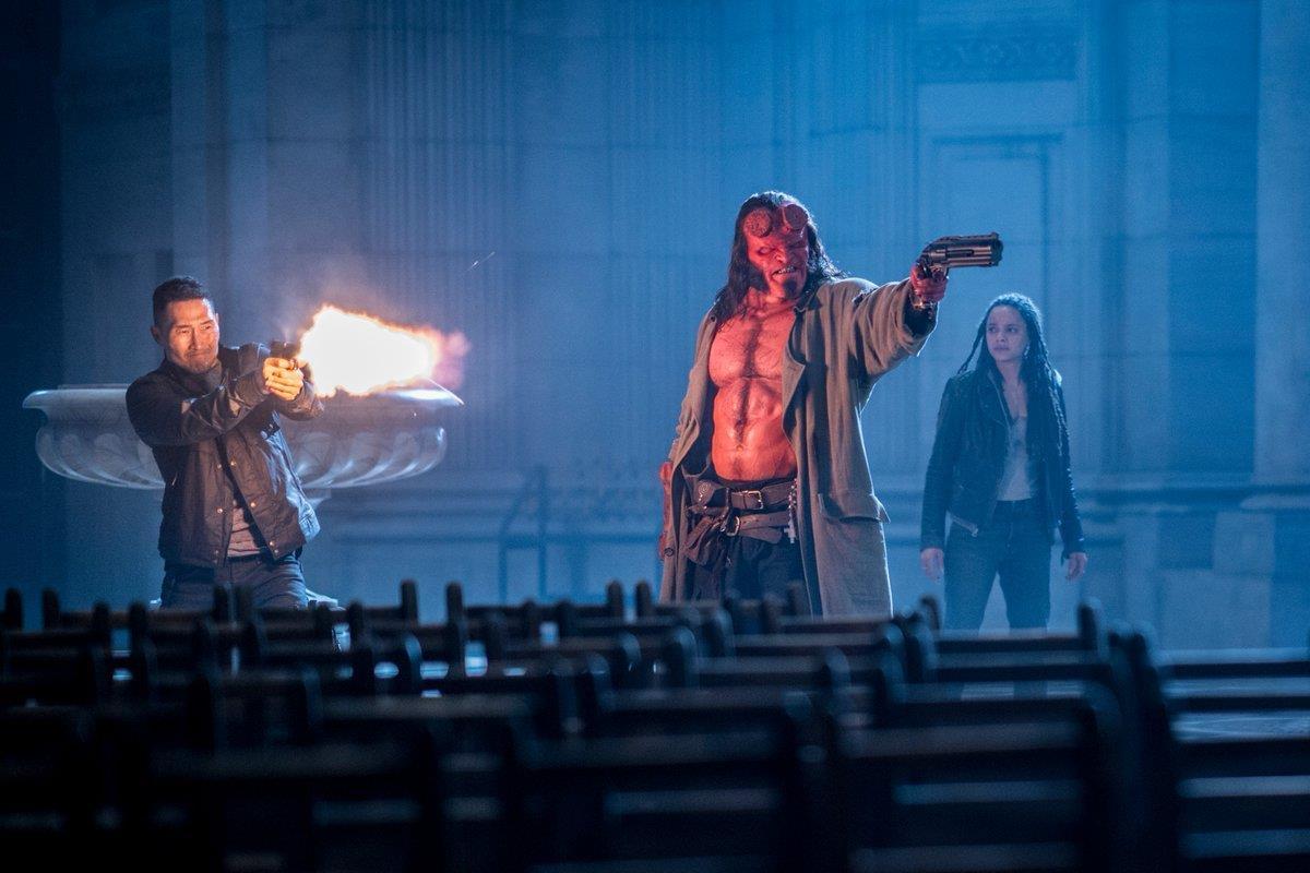 Red con Alice Monaghan e Ben Daimio nelle nuove immagini di Hellboy