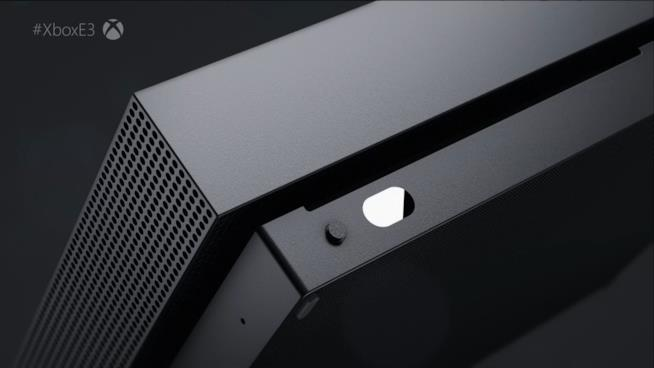 La prima immagine di Xbox One X