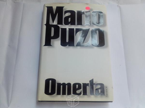 Omertà è l'ultimo capitolo di una trilogia di Mario Puzo