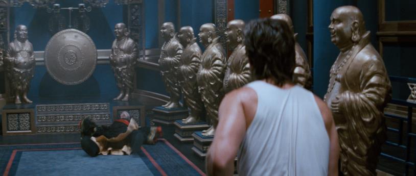 Jack Burton in una scena del film Grosso Guaio a Chinatown