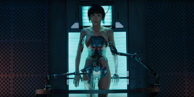 Ghost in the Shell, la recensione del film fantascientifico con Scarlett Johansson