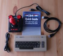 Il C64 Mini e il suo iconico joystick