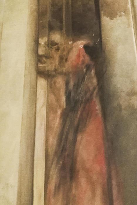 La riproduzione fotogafica del primo Altare della Madonna del Rosario della chiesa del Sacro Cuore del Suffaggio a Roma
