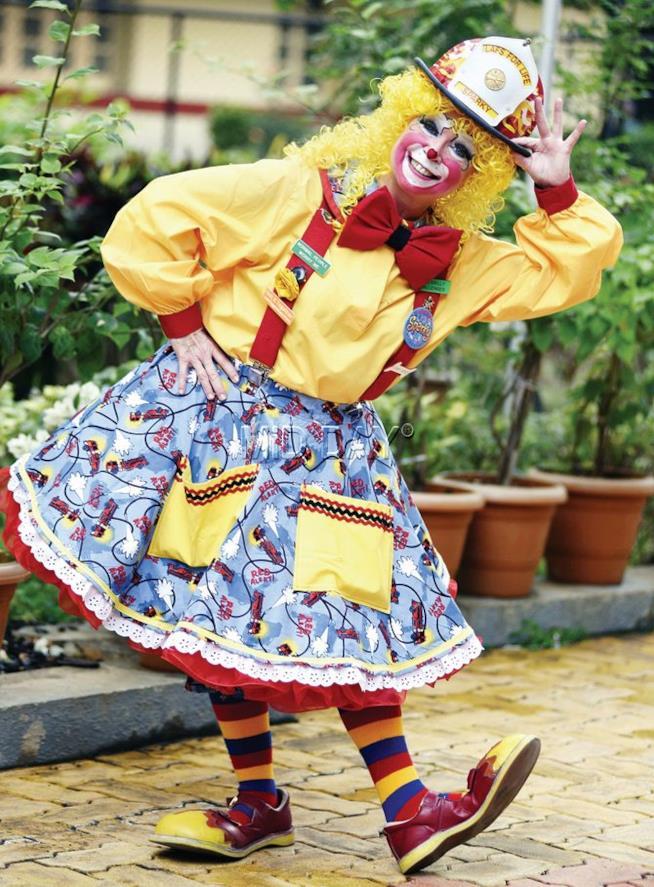 Pam Moody vestita da clown
