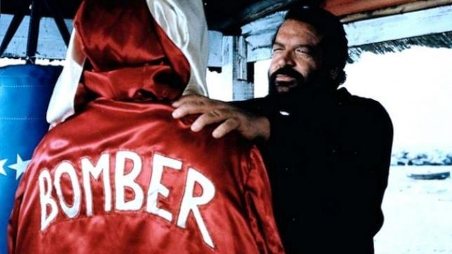 Bud Spencer in una scena di Bomber