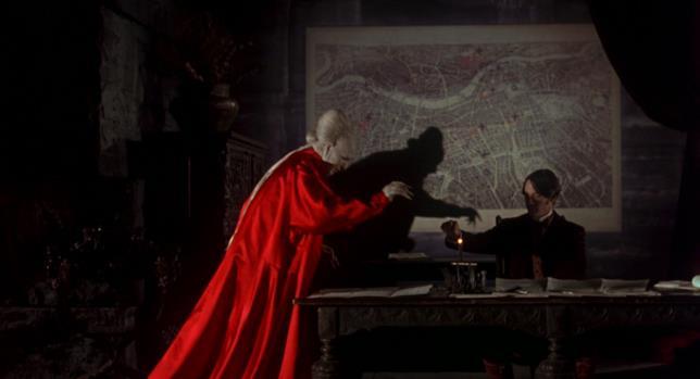 Jonathan Harker e il Conte Dracula sono interpretati da Gary Oldman e Keanu Reeves