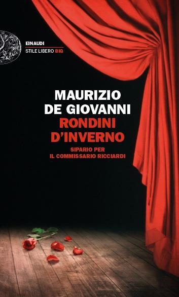 Una rosa e un sipario rosso sono protagonisti della copertina di Rondini d'Inverno