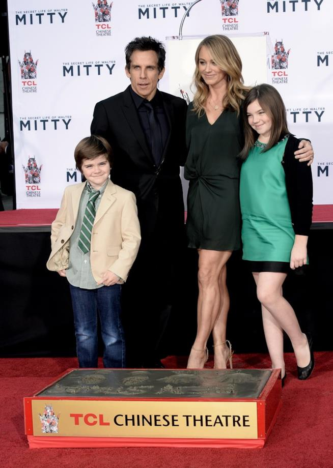 Ben Stiller in una vecchia foto con Christine Taylor e i loro figli