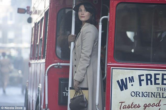 Their Finest, Gemma Arterton in una scena del film