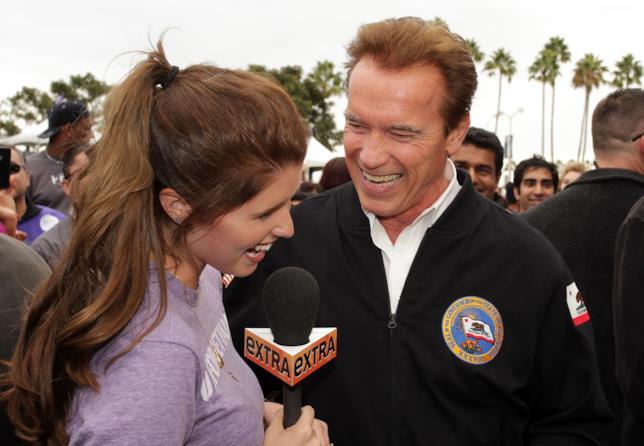 Arnold ride insieme alla figlia Katherine Schwarzenegger