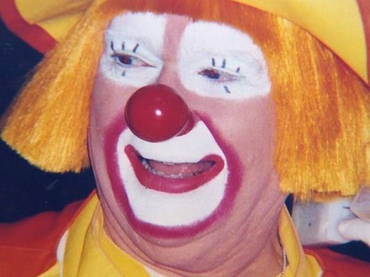 Un clown in primo piano