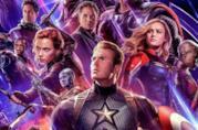 Un primo piano di Captain America e gli Avengers nel poster ufficiale di Endgame