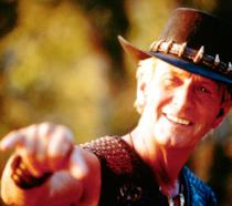 Paul Hogan nei panni di Crocodile Dundee