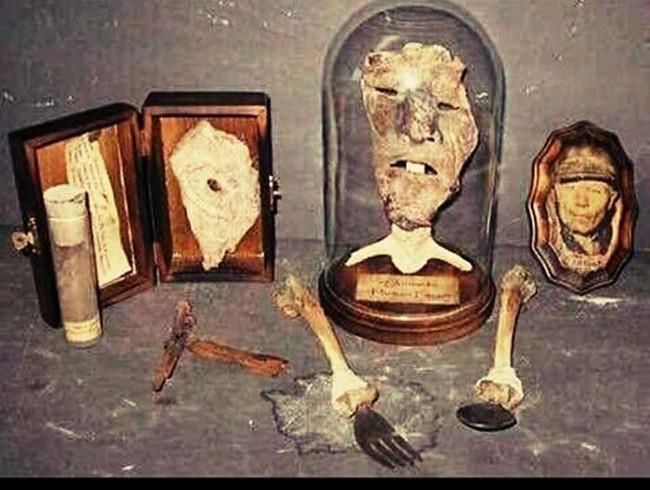Parti del corpo delle vittime di Ed Gein