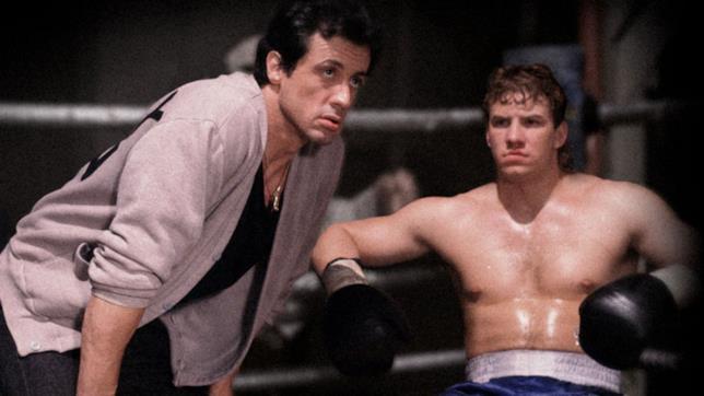 Rocky Balboa assiste Tommy Gunn durante un incontro
