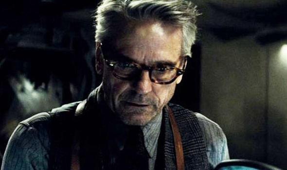 Nella serie TV dedicata a Watchmen, Ozymandias sarà interpretato da Jeremy Irons