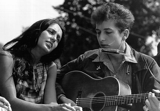 Il Nobel alla letteratura va a Bob Dylan