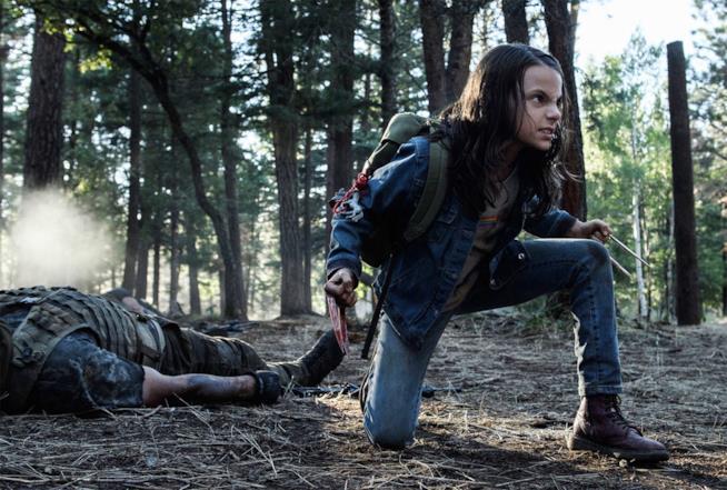 Dafne Keen è X-23 in una scena di Logan