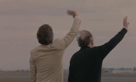 Christian De Sica e Massimo Boldi salutano moglie e figlia