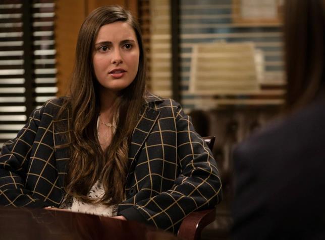 Vivien Cardone in un episodio di Law & Order
