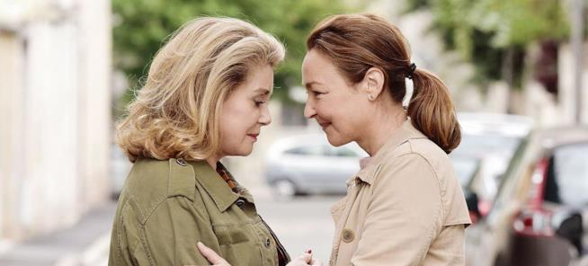 Catherine Deneuve e Catherine Frot in una scena del film Quello che so di lei
