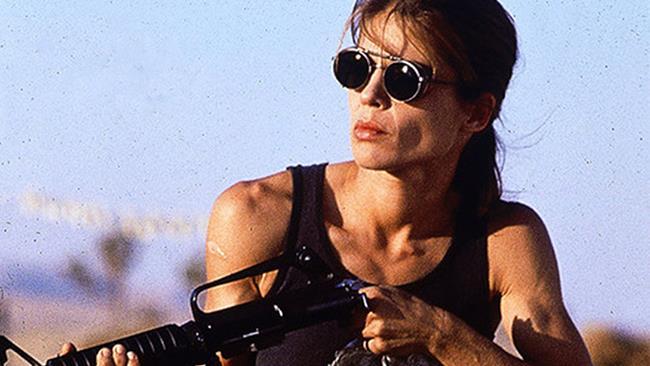 Linda Hamilton nel ruolo di Sarah Connor in T2