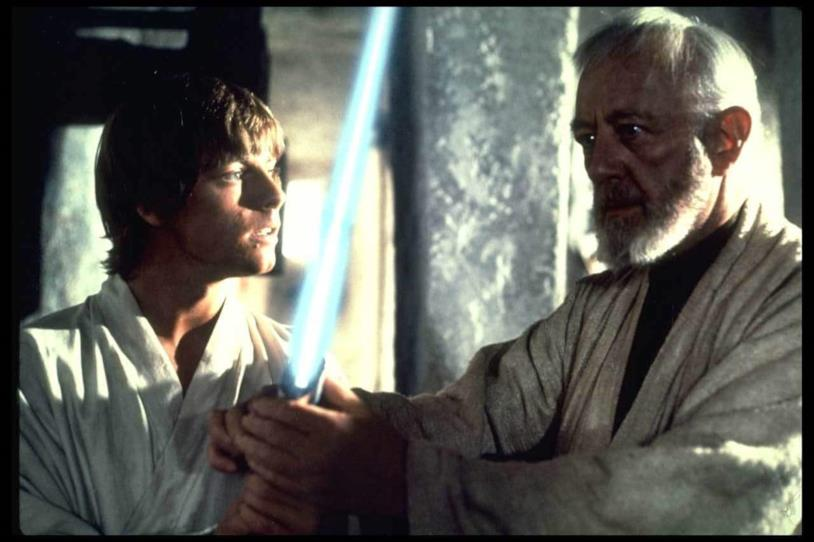 Mark Hamill e Alec Guinness in una scena di Star Wars