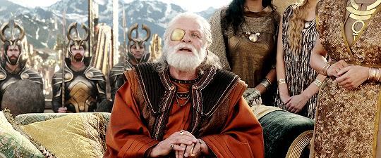 Loki/Odino in Thor: Ragnarok