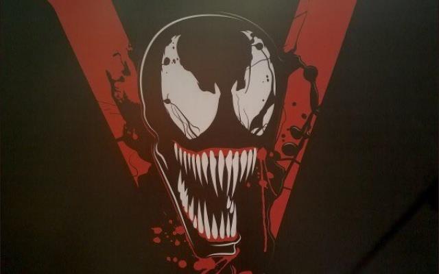 L'inquietante logo del film di Venom
