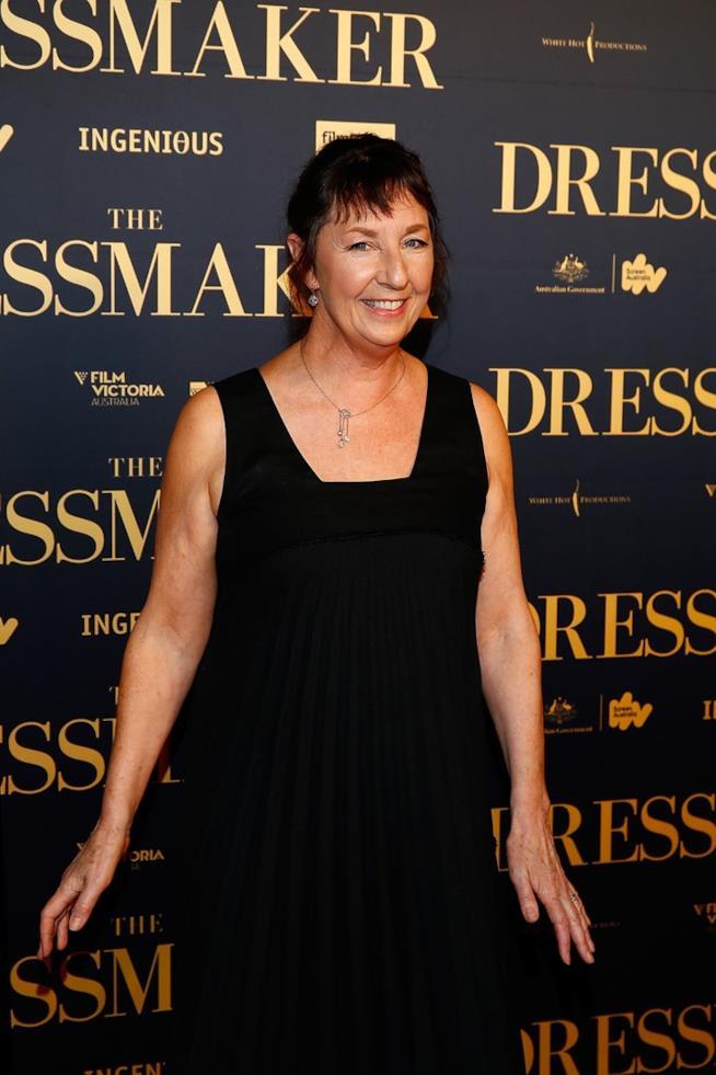 Mondadori pubblica in Italia The Dressmaker di Rosalie Ham