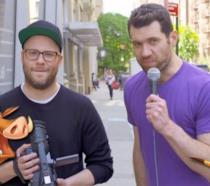Seth Rogen e Billy Eichner nei panni di Pumbaa e Timon