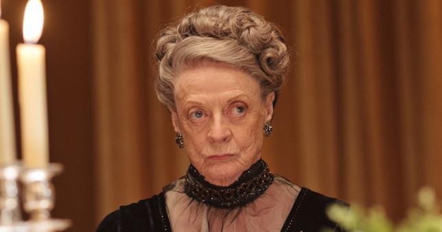 Maggie Smith interpreta Violet Crawley