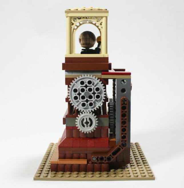 Dettaggli sugli ingranaggi funzionanti presenti nella base del set di LEGO Ornitottero di Leonardo da Vinci