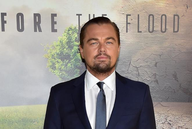 Mezzo primo piano di Leonardo DiCaprio alla premiere del documentario Before the Flood