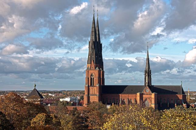 Panoramica della cattedrale di Uppsala (Svezia)