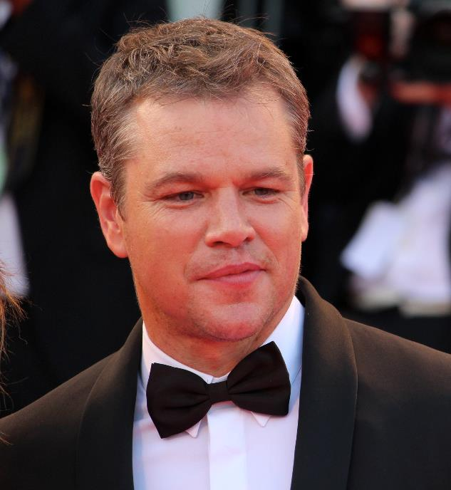 Un primo piano Matt Damon sul red carpet di Venezia 74
