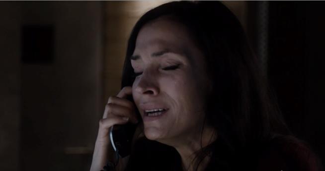 Scottie piange in The Blacklist: Redemption 1x02